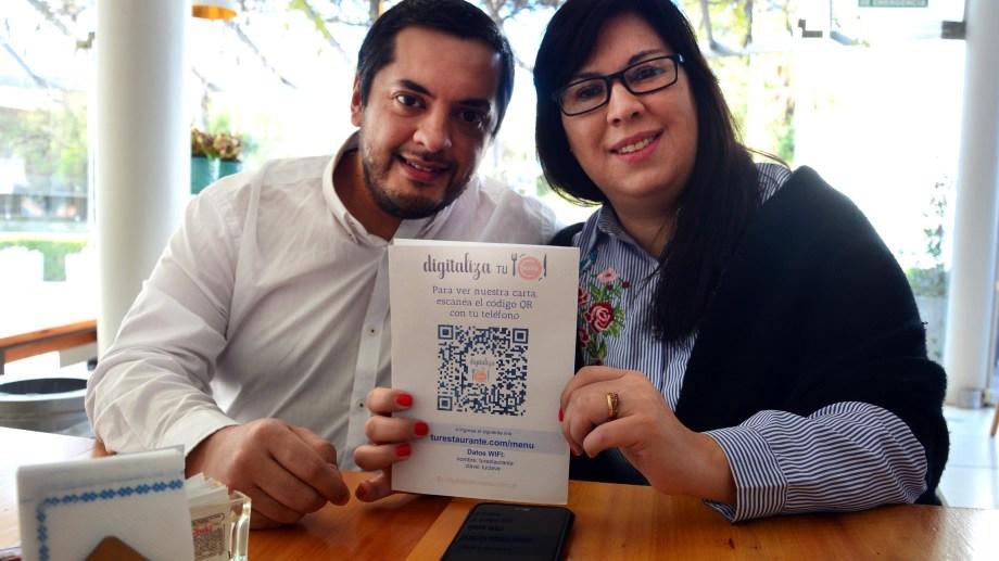 """La propuesta de """"Digitaliza tu menú"""", con un código QRque irá fijo y permitirá conocer las opciones de los restaurantes. (Foto: Marcelo Ochoa)"""