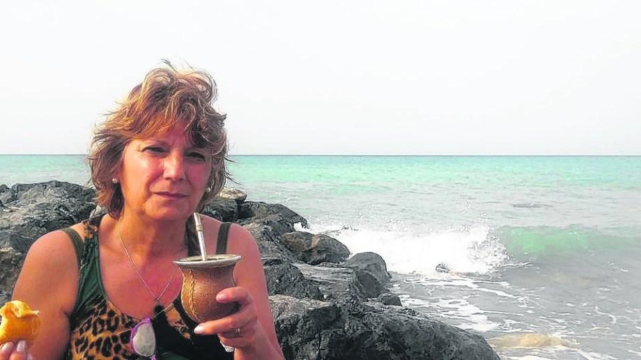 Marta Guaglianone en las costas del mar Tirreno
