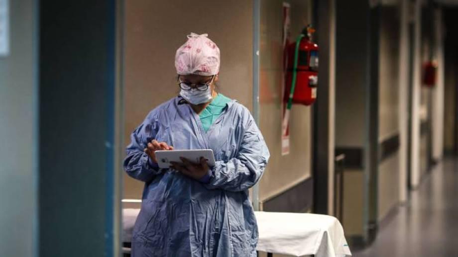 Personal de Salud, en la primera línea de exposición a los contagios.-
