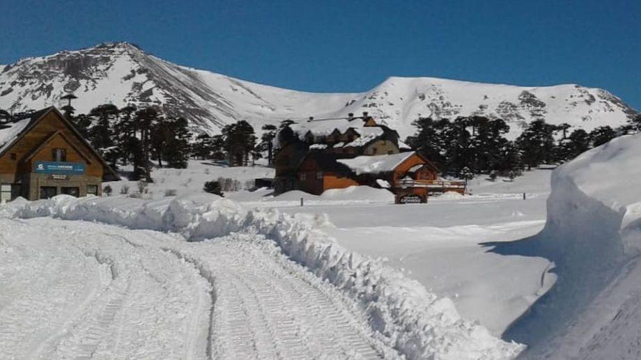 El paisaje inigualable de Caviahue está teñido de blanco