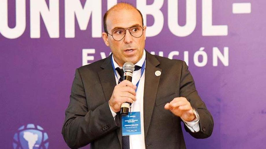 Gonzalo Belloso, secretario general de la Conmebol, aseguró que la fecha de reinicio no se modificará.