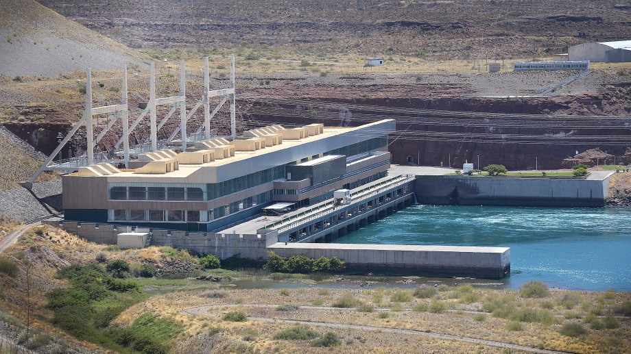 Las represas de la zona del Comahue suman una potencia instalada de 4.431 MW.