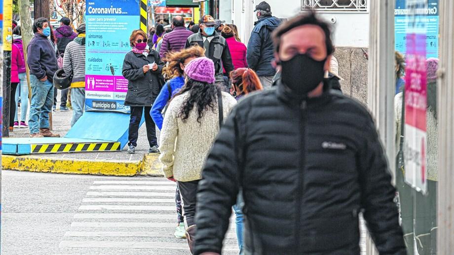 """La gobernadora Carreras admitió en su reunión virtual con Fernández que hay """"hartazgo y cansancio"""" en la sociedad."""