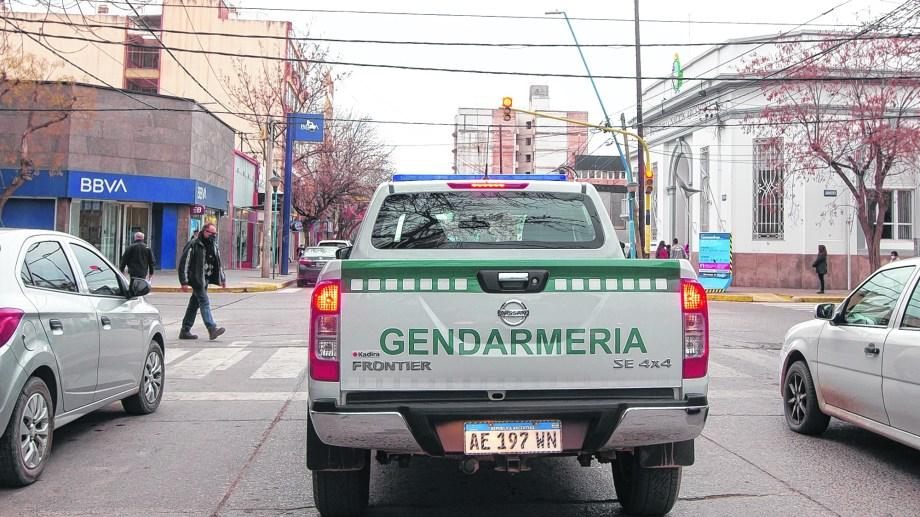 Finalmente, los controles con gendarmes comenzarán a hacerse efectivos hoy en Roca y serán por diez días corridos.