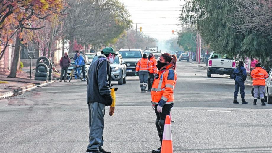 Gendarmería protagoniza desde hace varios días los procedimientos de control de circulación en las calles de Cipolletti.