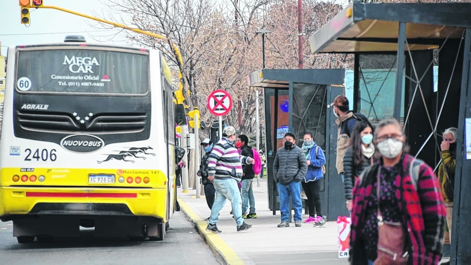 Transporte Público Neuquén (foto archivo Yamil Regules)