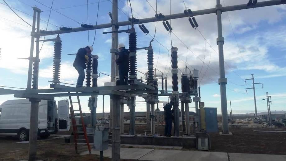 El EPEN anunció que el lunes hará tareas de mantenimiento sobre la línea de alta tensión Cutral Co - Zapala. (Gentileza).-