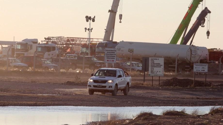 El parate de la actividad petrolera impactó sobre las regalías provinciales. Foto: Oscar Livera.
