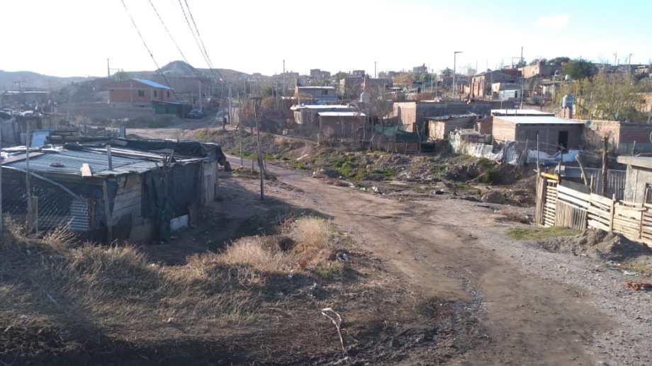 Los asentamientos irregulares viven sin  acceso al gas natural