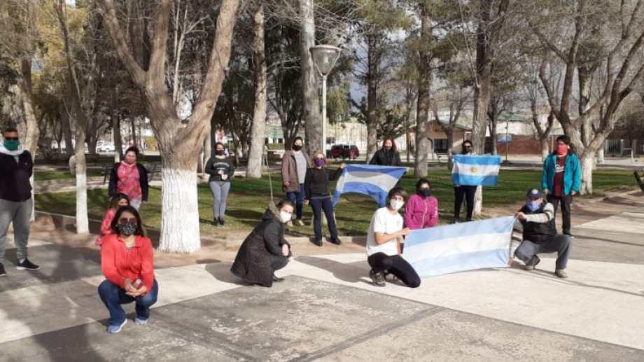 La marcha del 26A en Rincón de los Sauces. Foto: Gentileza