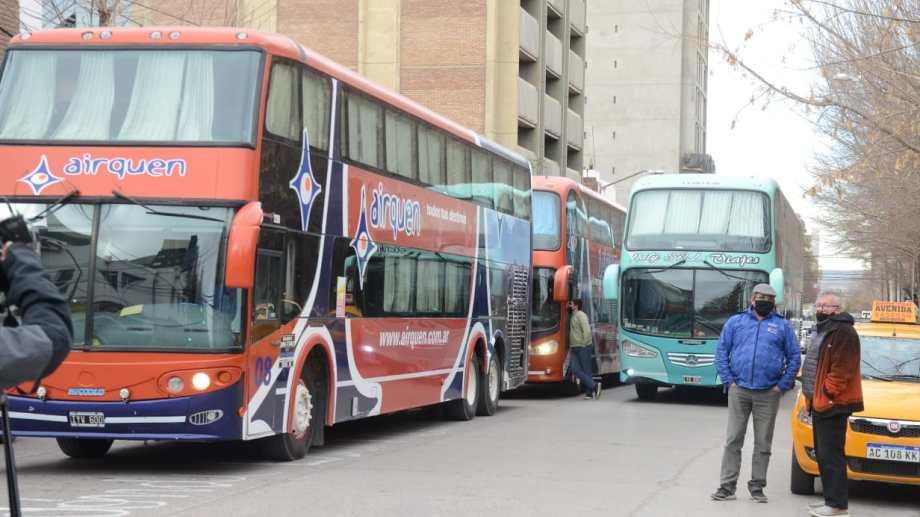 Transportistas privados reclamaron que llevan más de cinco meses sin facturar. Foto: Yamil Regules