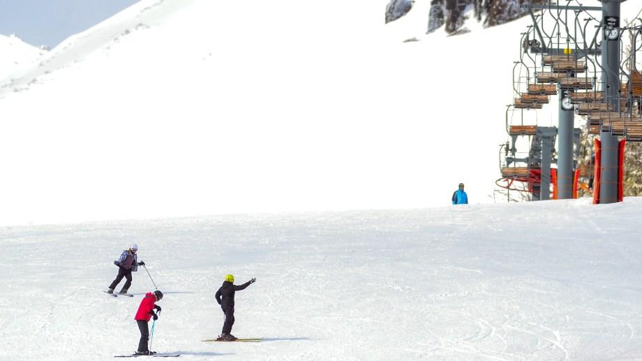 El cerro Chapelco tuvo un buen número de visitantes durante todos los días del fin de semana largo. Foto: Patricio Rodríguez.