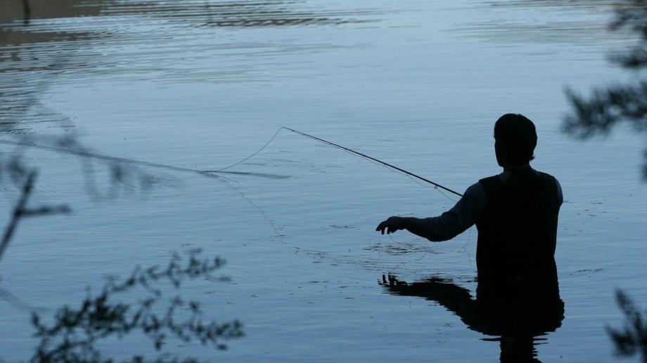 La temporada de pesca en Neuquén comenzará este domingo. Foto: archivo Patricio Rodríguez.