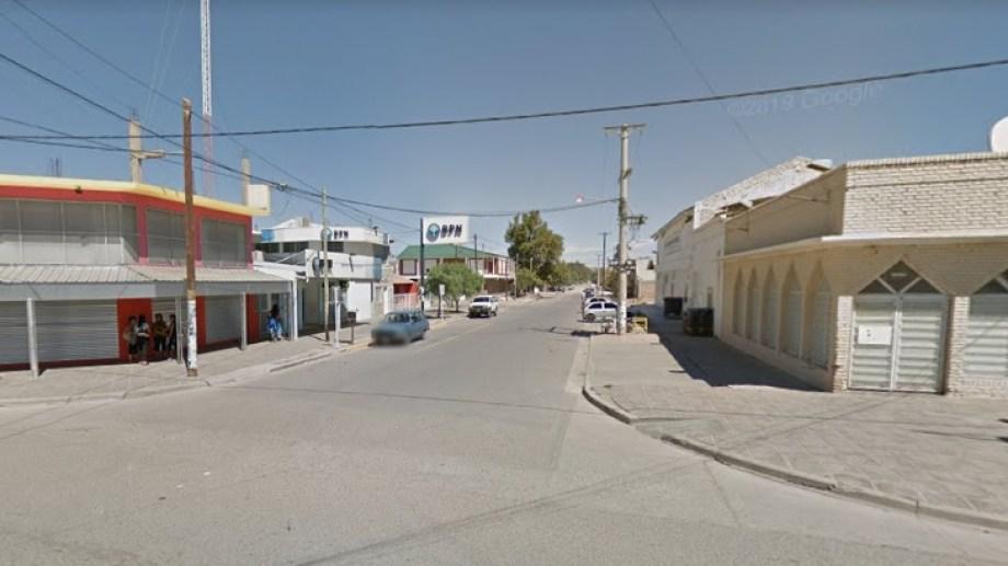 La sucursal del BPN del barrio Sarmiento en Centenario permanecerá cerrada por desinfección. (Foto: Google Maps).