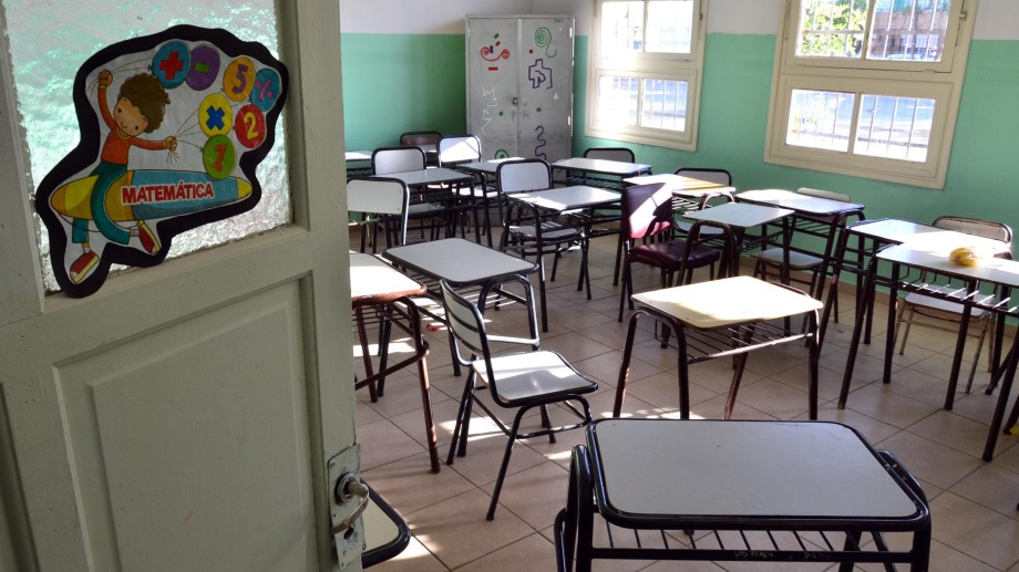 Viedma - 04/03/2020 el gobierno provincial suspendio las clases en todos los niveles por la ola de calor en la region. gabiel belloso, secretario de educacion Foto  : Marcelo Ochoa