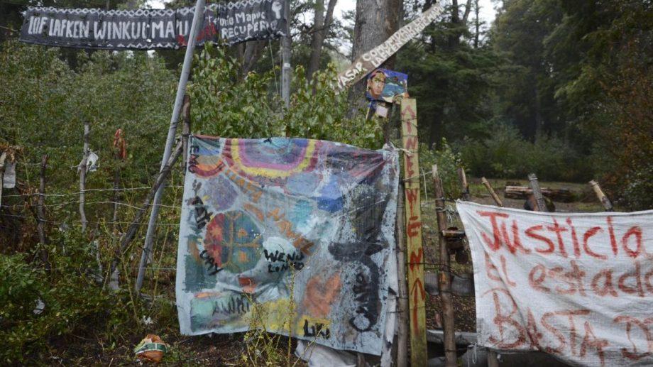 La comunidad mapuche Lof Lafken Winkul Mapu se instaló en noviembre de 2017 en Villa Mascardi y alegó que era un acto de recuperación de su territorio. (Foto Archivo)