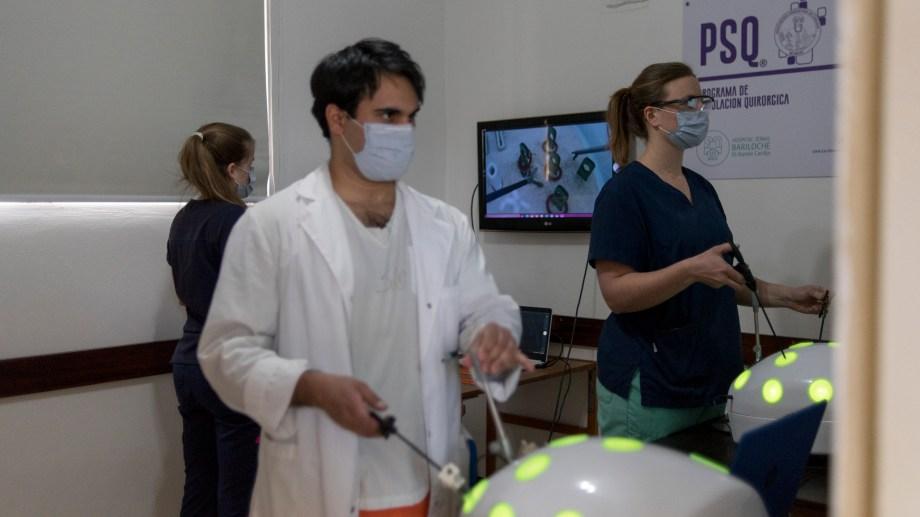 La nueva carrera de Medicina tendrá el foco en las prácticas desde el inicio. Imagen ilustrativa