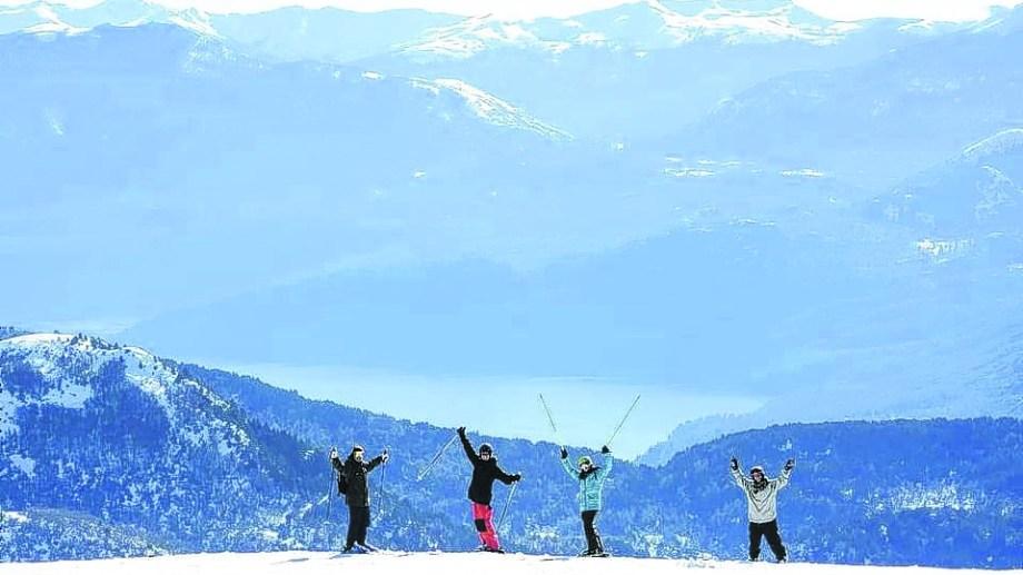 Los residentes disfrutaron varias semanas en Chapelco, el cerro de San Martín de los Andes.