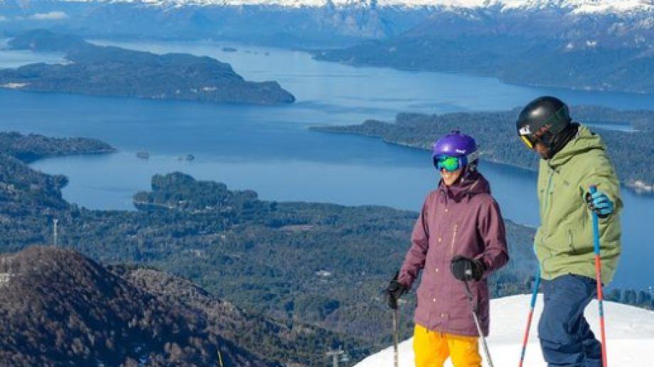 Cerro Bayo. Este fin se semana estará habilitada la Telecabina Cumbre para llegar a lo más alto de la montaña de Villa La Angostura.