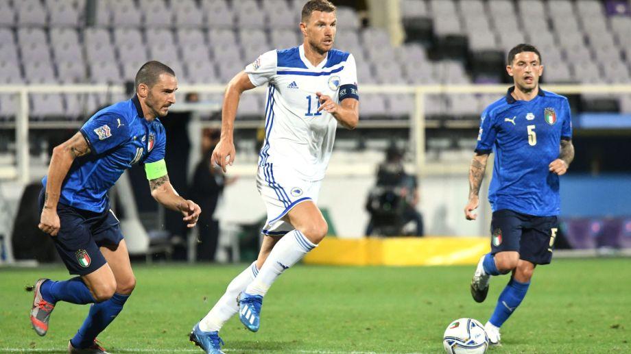 Italia apenas empató 1 a 1 con Bosnia.