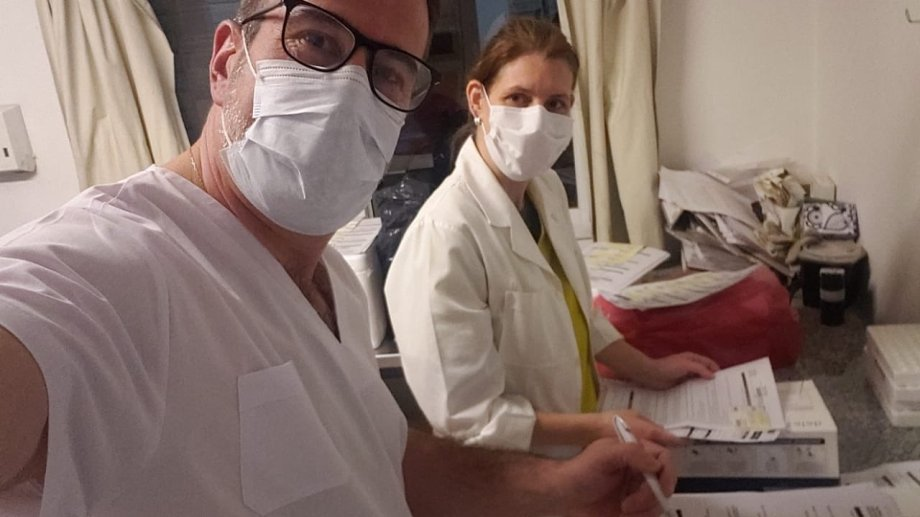 Ricardo Corradi Diez se integró al Laboratorio Central de Neuquén. Foto: Gentileza