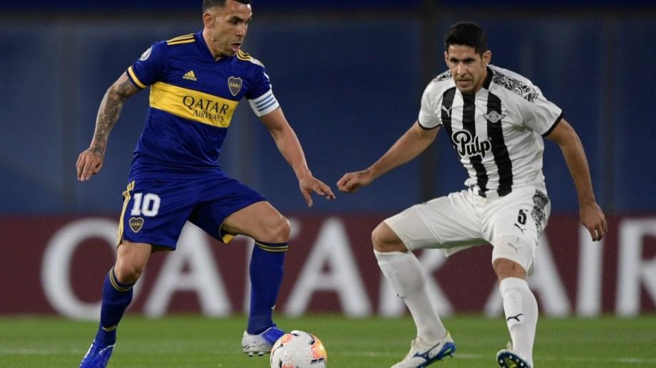Tevez jugó un buen partido en La Bombonera. Llegando a la media hora del complemento fue reemplazado por Mauro Zárate.