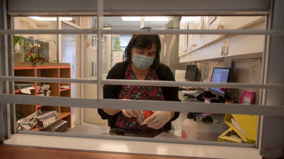 En Bariloche se vacunaron 11.000 personas entre adultos mayores, personal de salud y seguridad. Foto: Archivo