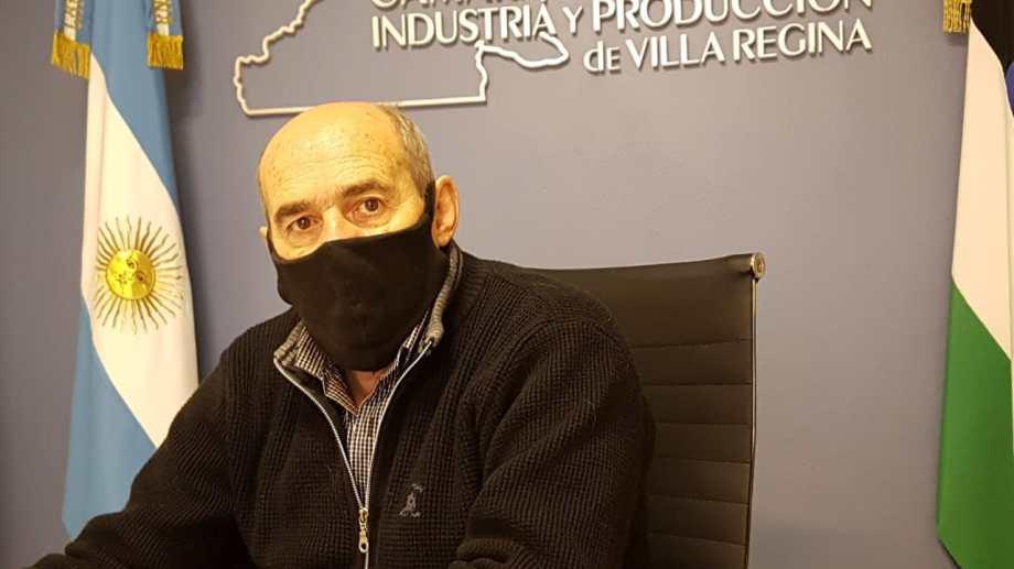 El presidente de la Cámara de Comercio adelantó que se ampliará el horario para recibir inscripciones de comerciantes. (Foto Néstor Salas)