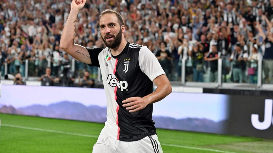 El Pipa viene de jugar en la Juventus de Italia.