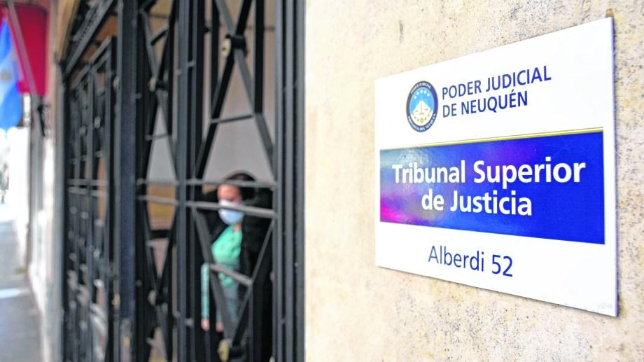 Busamia es el único juez propuesto por Gutiérrez. El exgobernador, Jorge Sapag, nominó a Moya, Gennari, Elosú Larumbe y al fiscal general, José Gerez. Foto archivo.