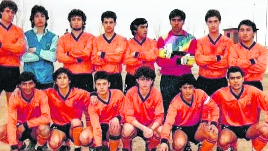 La formación del histórico equipo del cual fallecieron cuatro integrantes en un accidente de tránsito y a los cuales hoy se homenajea.