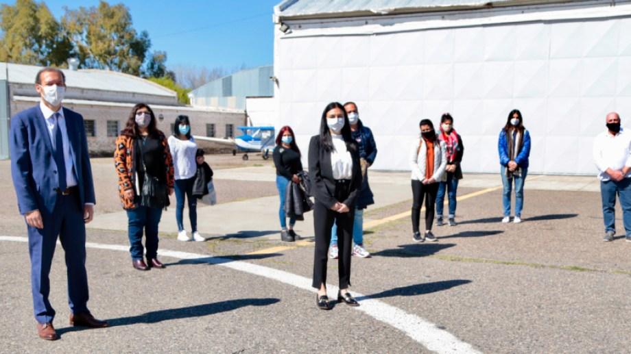 El equipo llegó esta mañana al aeropuerto Presidente Perón de la ciudad de Neuquén. Foto gentileza.