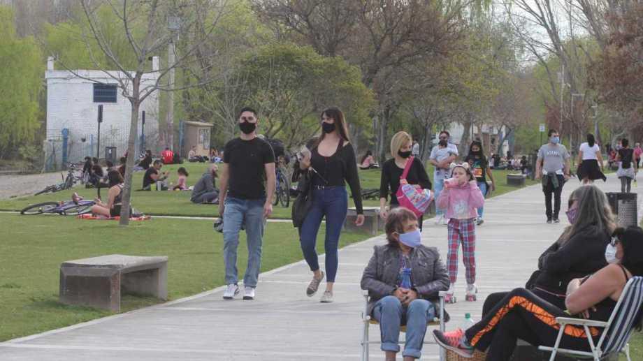La tasa de contagios no para de crecer en Neuquén, sobre todo en la capital. (Foto: archivo Oscar Livera)