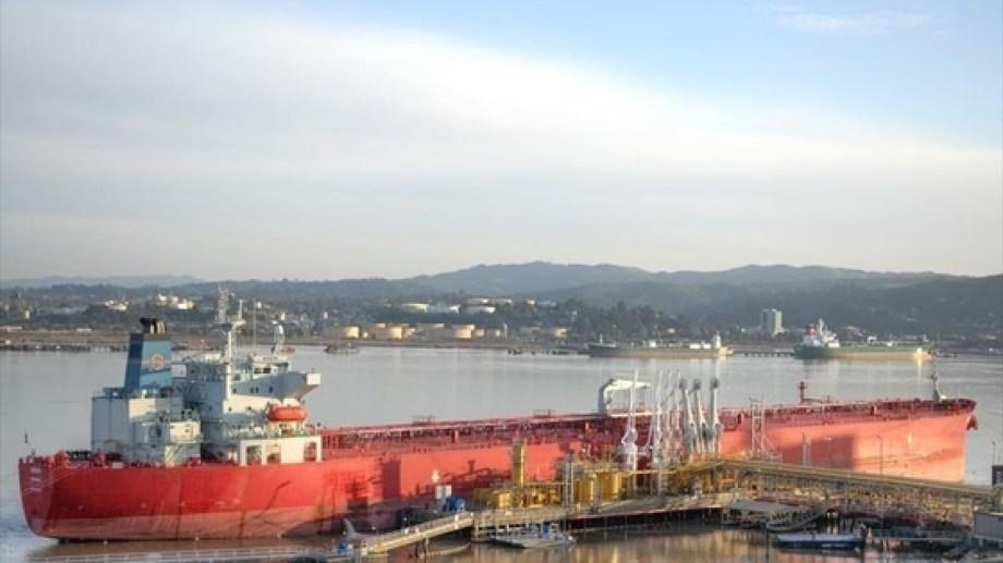 Venezuela importa petróleo liviano para poder refinar el condensado que producen y tener más posibilidades comercialmente. (Foto: gentileza)