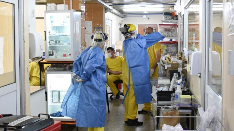 Los equipos de salud están trabajando al límite de su capacidad. Foto: archivo Florencia Salto.
