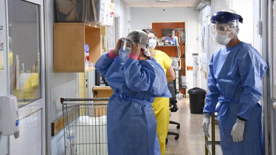 El Castro Rendón cuenta con 23 camas para pacientes moderados y 39 de terapia intensiva. Foto: archivo Florencia Salto.