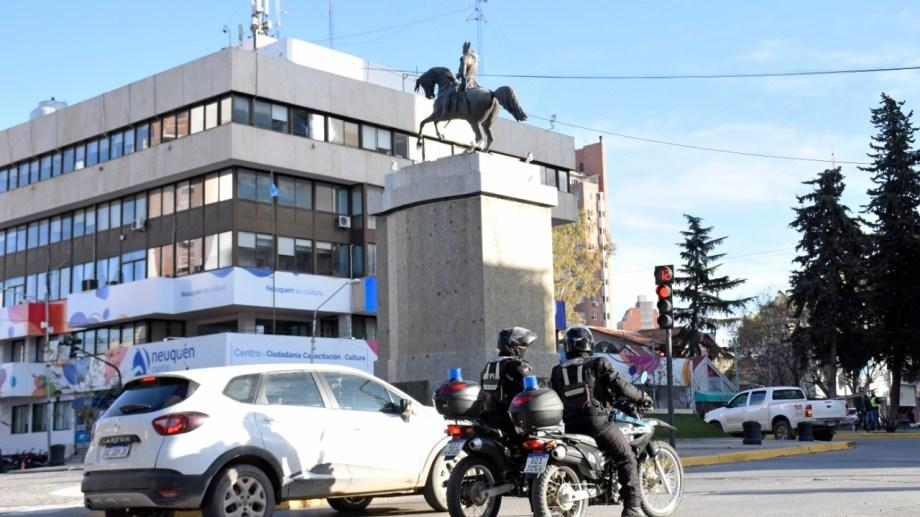 La municipalidad de Neuquén informóanoche sobre la agresión que dejó internado a un inspector de tránsito.(foto archivo Flor Salto)