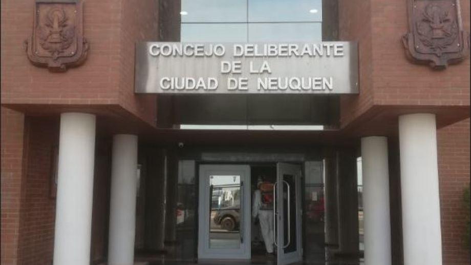 El Deliberante de Neuquén nuevamente será desinfectado por un caso de coronavirus. (Archivo gentileza)