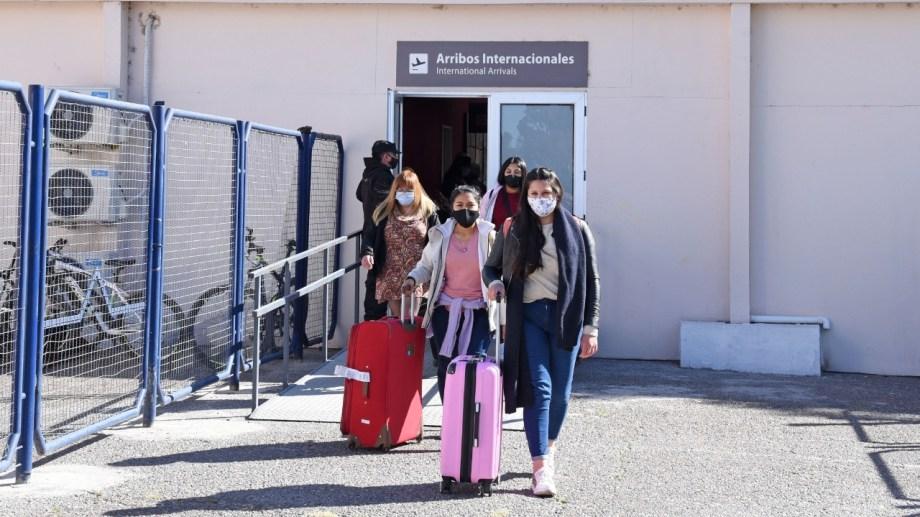 Los profesionales llegaron junto al funcionario nacional Alejandro Collia. Foto: Florencia Salto.
