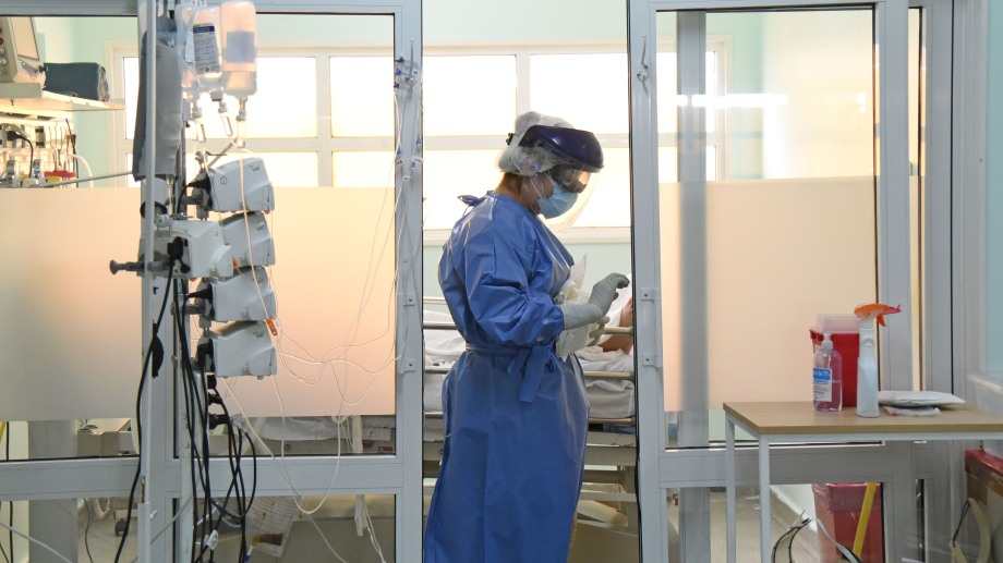 La provincia compró hace más de cinco meses 50 respiradores para sumar a los que ya funcionan en los hospitales.