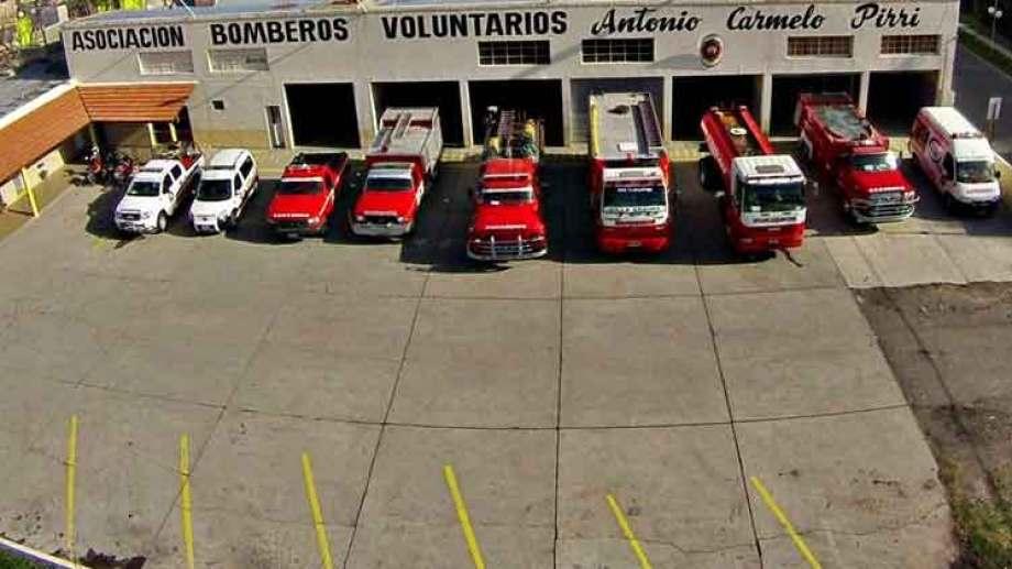 Los bomberos de Regina tuvieron siete salidas por quema de pastos en la zona rural. (Foto Néstor Salas)