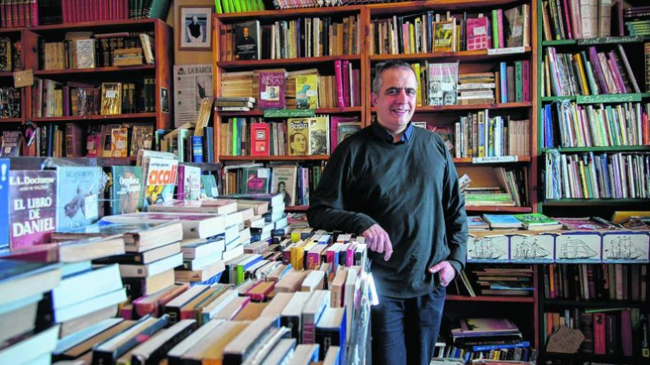 El nuevo libro de Di Tata Roitberg reúne cinco relatos ambientados en ciudades patagónicas.  Foto: archivo