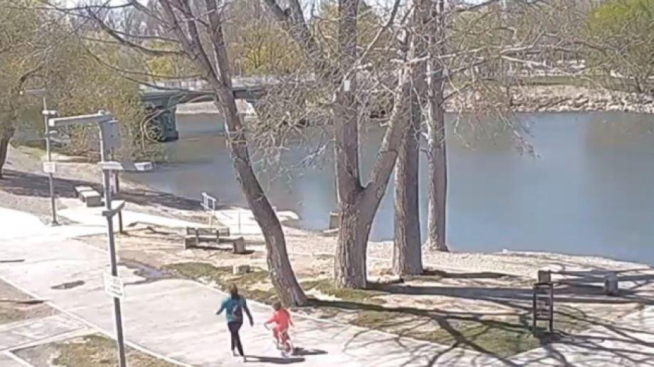 A la Isla 132 sólo se podrá ingresar caminando o en bicicleta (captura pantalla cámara Paseo Costero Neuquén capital)