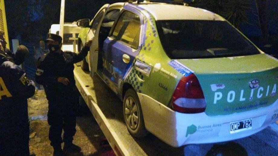 El patrullero de la bonaerense que fue peritado por segunda vez en Bahía Blanca. Foto: gentileza.
