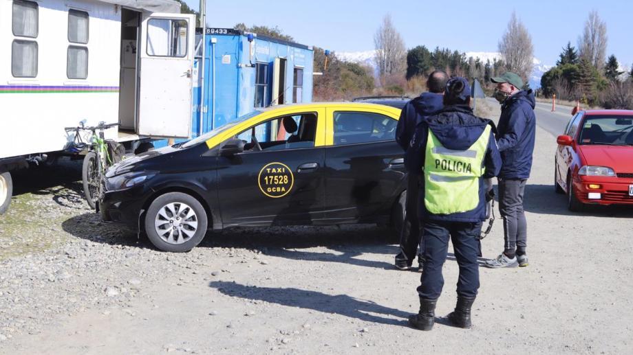 Detectaron un taxi de Buenos Aires que ingresaba con pasajeros a Bariloche