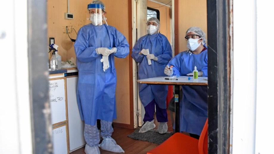 El parte reportó nuevos casos de coronavirus en catorce localidades de Neuquén. (Foto archivo: Florencia Salto)