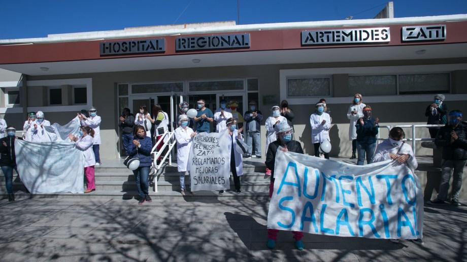 El jueves volverán a protestar los médicos y profesionales de hospitales rionegrinos. Archivo