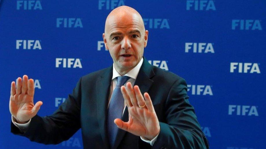Gianni Infantino decidirá el jueves desde Suiza en qué fecha comenzarán las Eliminatorias Sudamericanas.