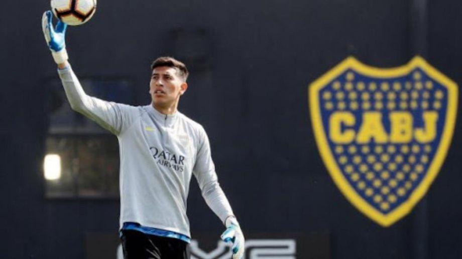 El arquero sufrió una lesión muscular y no estará en el debut de Boca en la Copa de la Liga.