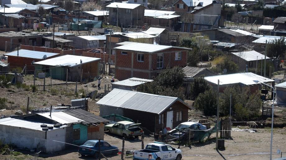 El homicidio ocurrió en el barrio 136 Viviendas en Bariloche. Foto: Alfredo Leiva
